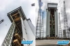 French Guyane • Kourou • Sojuz tower of launch • Overhead crane for the assembly of the SOJUZ's superior part